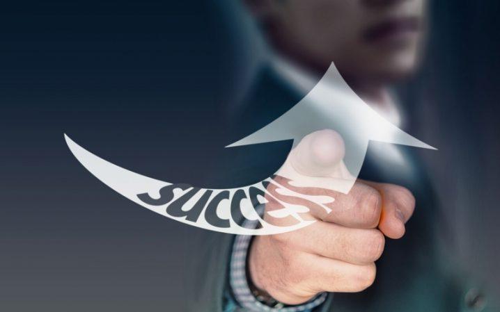 売上を上げるための顧客・リピート客の重要性