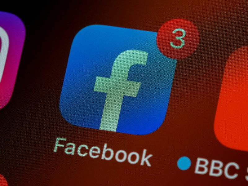 Facebook アプリ アイコン
